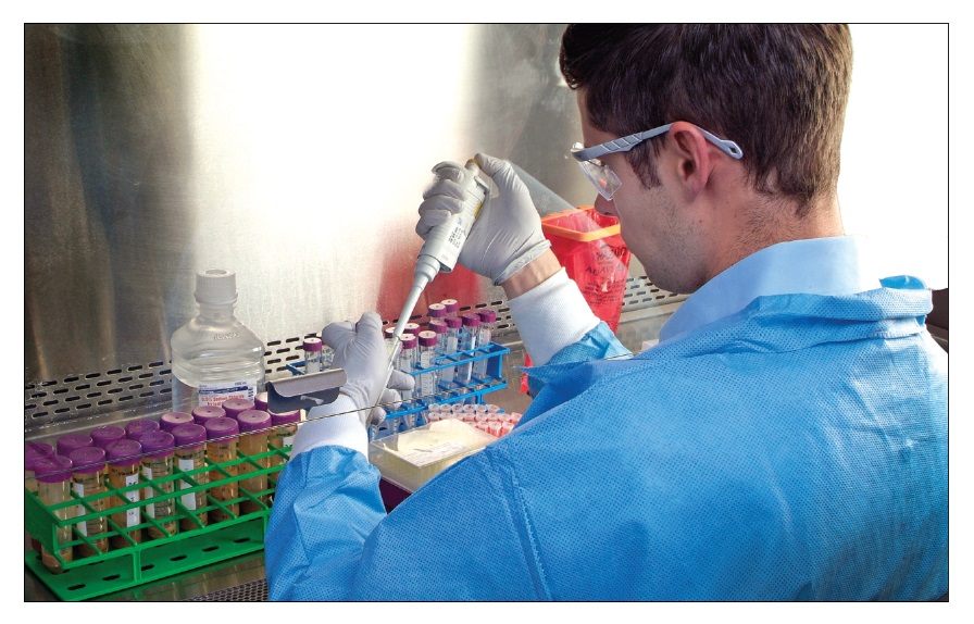 Figure 1 Scientist working in the lab, human microbiome article
