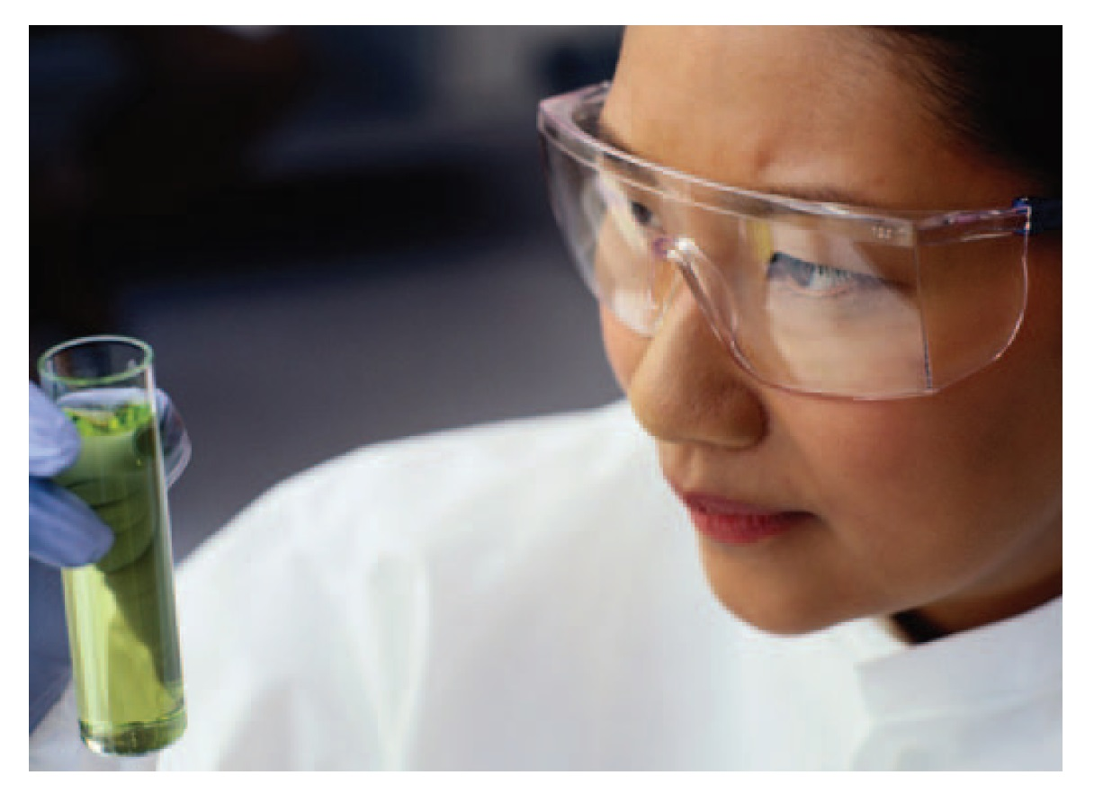 Image 1 Bio business Asia, Scientist looking at a sample